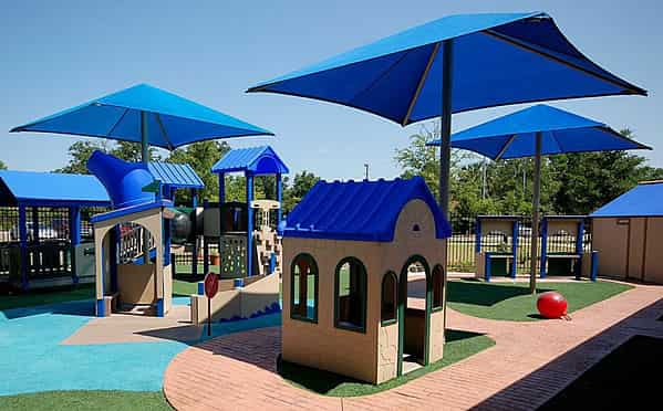 Umbrella Shades & Shade Structures for Outdoor Use